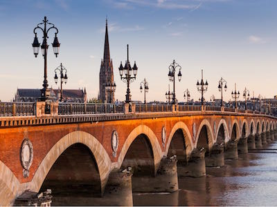 Cheap flights from Quebec to Bordeaux with Air France