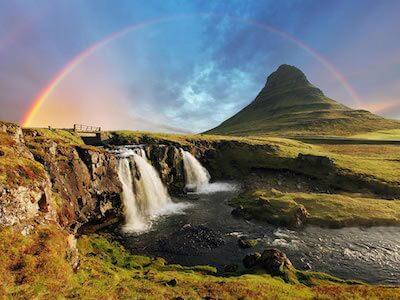 Flights from Boston to Reykjavik with Icelandair