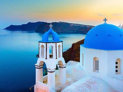 Cheap flights from Mykonos to Santorini with Olympic Air