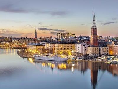 Finden Sie Austrian Airlines Flüge von Wien nach Stockholm