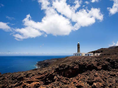 Discover flights from Gran Canaria to {var.secondDestinationCityName} with Binter Canarias